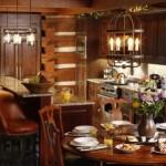 Medinės virtuvės interjeras