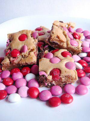 saldainiai pyrage Valentino dienai