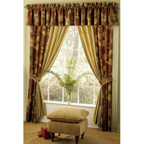 Beautiful-Floral-Themed-Curtain-Design