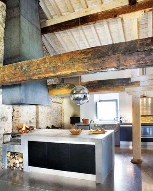 mediniai balkiai virtuveje