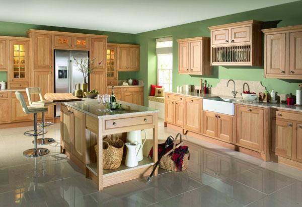 azuolo baldai virtuveje