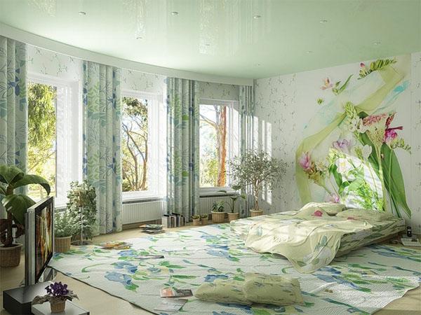 gėlių motyvai ant sienos, lovos užtiesalo, kilimo, užuolaidų