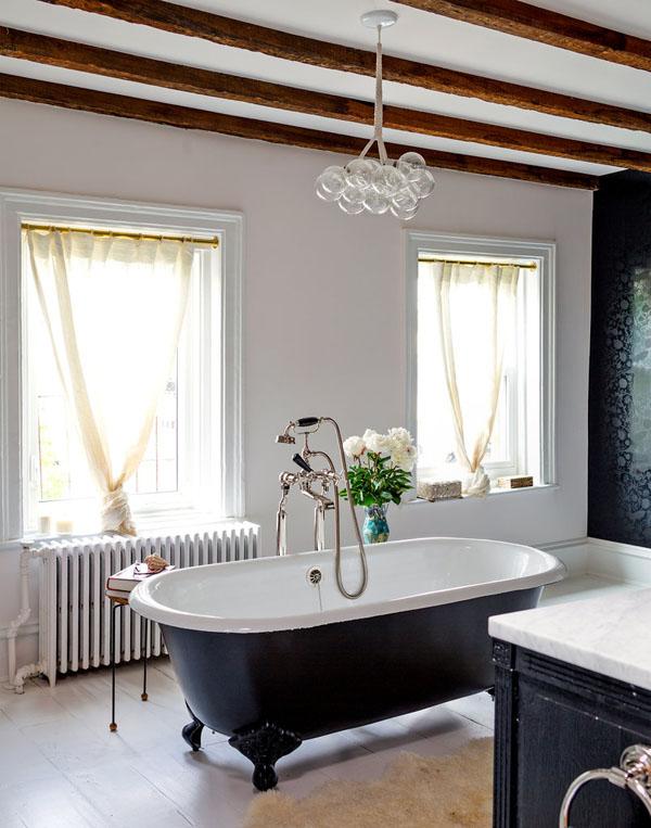 vonia kambario viduryje