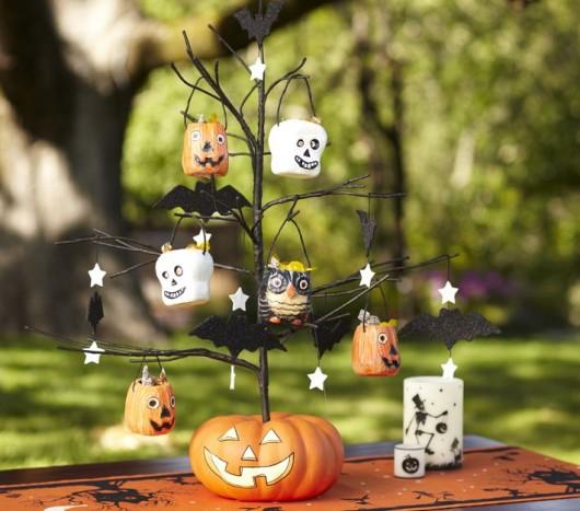 Papuoškime stalą Helovyno šventės proga