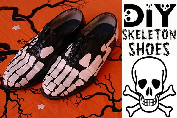 Skeleto kauliukai ant batų
