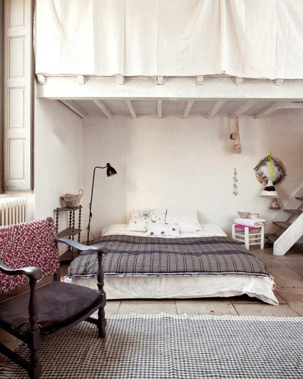 miegamasis po medinemis lubomis
