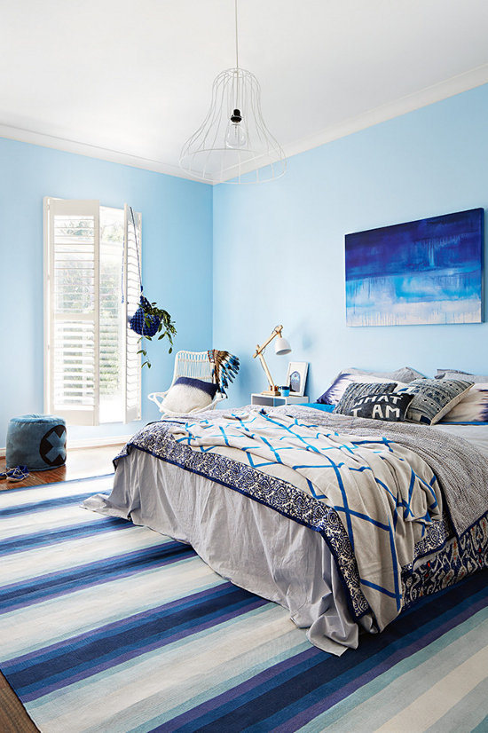 melsvas miegamasis, lova, paveikslas