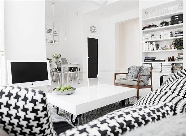Baltas ir juodas interjeras