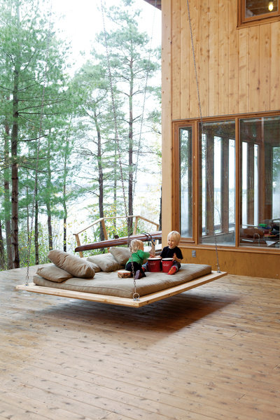 CP-harbour-house-outdoor-floating-bed-soren-and-annika