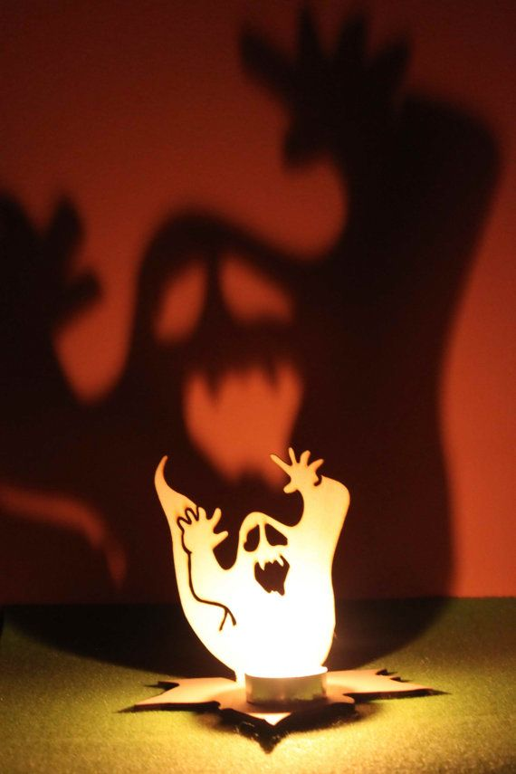 svieciantis vaiduoklis helovynui
