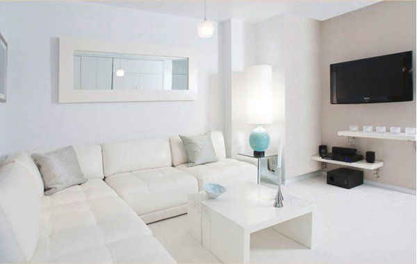 simple-white-interior-design-modern-living